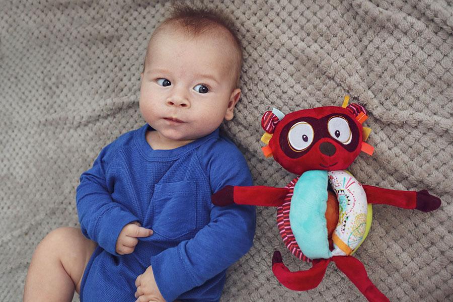 10 zabawek idealnych na prezent dla niemowlaka • My Pink Plum!