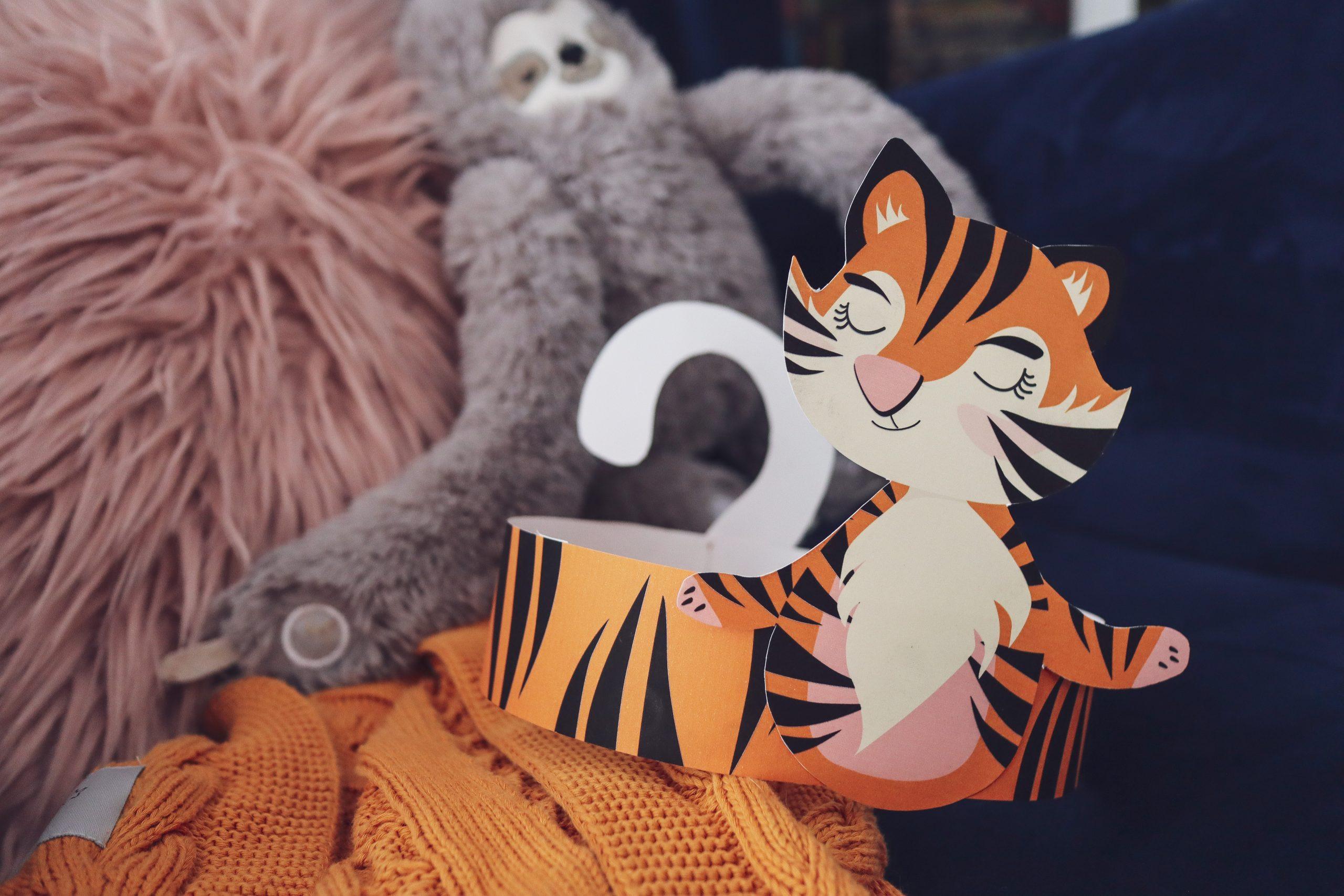Czapeczka tygrysek do druku na bal przebierańców