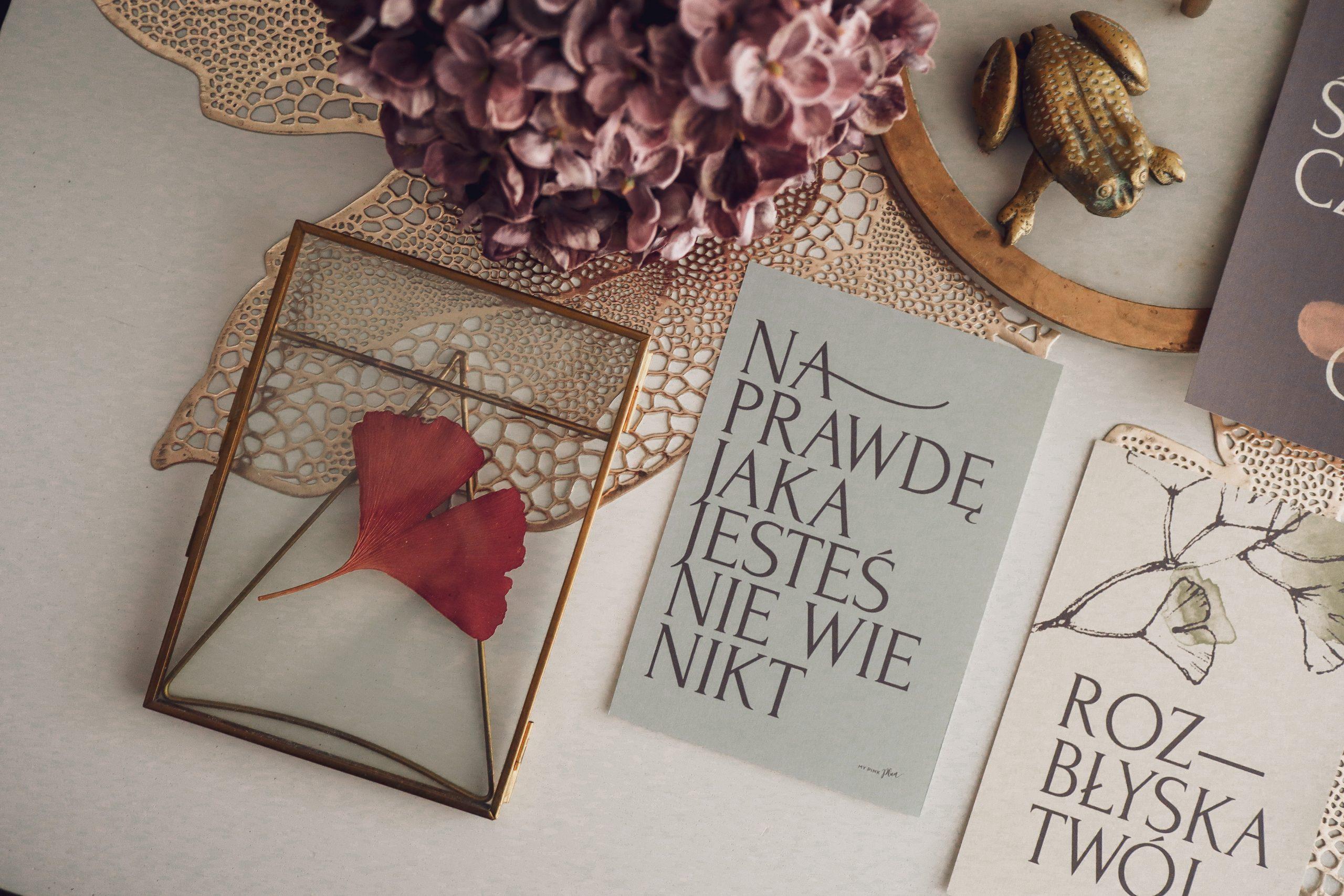 Kobiece plakaty typograficzne w stylu boho do druku